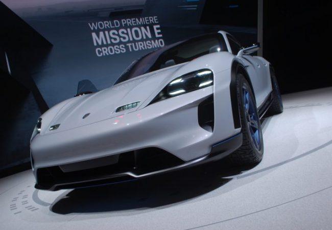 Porsche-Mission-E-Cross-Turismo-Ginevra-2018-712x534